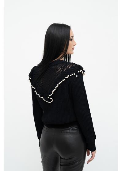 pulover dama negru cu perle de iarna elegant