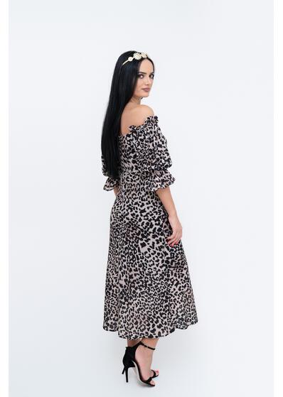 rochie animal print cu umeri goi